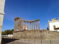 Beautiful Evora: http://portysdiary.blogspot.nl/2013/11/from-portugal-with-love-2.html