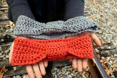 Crochet Knotted Headband