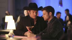 Chris Carmack Reacts To His Coming Out Scene On Nashville Season 3 Finale Country Singers, Country Music, Nashville Seasons, Chris Carmack, New Boyfriend, Right Wing, Season 3, Coming Out, Tv Shows