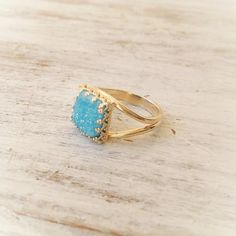 Blue druzy ring gold ring stacking ring vintage ring by Avnis