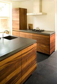 CaesarStone (Raven) kitchen worktop by Erbi - Fred Constant