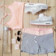 Sport Outfit Fitness Inspiration Ideas For 2019 Athletic Outfits, Athletic Wear, Sport Outfits, Gym Outfits, Pink Workout, Workout Wear, Workout Outfits, Nike Workout Gear, Yoga Workouts