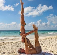 Couples Yoga on the beach❤️