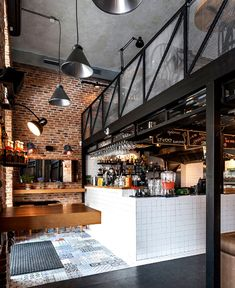 True Burger Restaurant by Kley Design Studio - Innenausstattung - Travel & Restaurants Industrial Cafe, Vintage Industrial Decor, Industrial Interiors, Industrial Style, Industrial Design, Industrial Lighting, Industrial Bedroom, Modern Interiors, Industrial Furniture