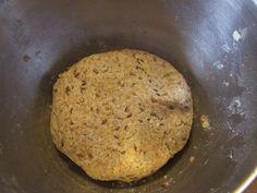 Crackers integrali cu seminte | Sănătate într-o farfurie Crackers, Banana Bread, Desserts, Image, Food, Tailgate Desserts, Pretzels, Deserts, Essen