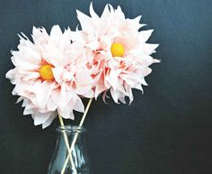 DIY Paper Flower Tutorials You Must See! Today we present you one collection of DIY Paper Flower Craft Ideas offers inspiring ideas. Trying to make paper flowers is so easy and fun. You only need paper and scissors Flowers For You, Faux Flowers, Diy Flowers, Fabric Flowers, Tissue Paper Crafts, Diy Paper, Diy Fleur, Fleurs Diy, Do It Yourself Wedding