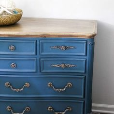 Aubusson Blue Chalk Paint Dresser (makeover, again! Blue Dresser, Chalk Paint Makeover, Refinishing Furniture, Furniture, Bookcase Diy, Chalk Paint Dresser, Diy Furniture Projects, Diy Tile, Recycled Furniture