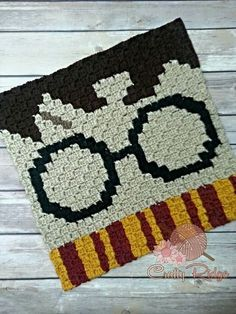 Most current Pic Crochet pillow harry potter Concepts Harry Potter Crochet A Long with Crafty Ridge – Crafty Ridge Designs Crochet Afghans, Graph Crochet, Crochet Pillow, Tapestry Crochet, Crochet Squares, Crochet Blanket Patterns, Love Crochet, Crochet Gifts, Knit Crochet