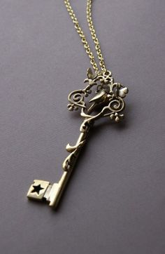 secret garden key necklace