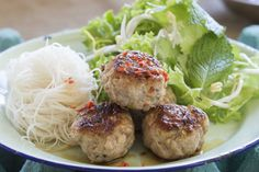 Bun cha (barbecued pork meatballs with rice noodles) – Recipes – Bite