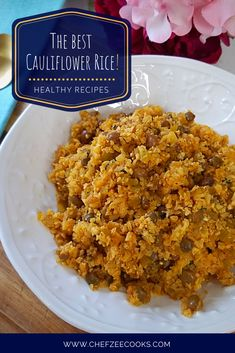 Cauliflower Rice a great way to cut back on carbs but still feel like you're enjoying carbs without all of the guilt. This cauliflower rice recipe transforms a Hispanic fave-- Moro de Gandules into something truly delicious and healthy! Healthy Dinner Options, Vegetarian Recipes Dinner, Healthy Alternatives, Veggie Side Dishes, Main Dishes, Cilantro, Chefs, Cooking Recipes, Healthy Recipes