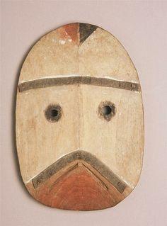 Masque Paiulik (celui qui apporte de la nourriture), Archipel de Kodiak, Alaska, collecté en 1871/2 par Alphonse Pinart (1852-1911)
