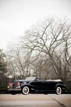 Fleetwood Cadillac Series 90 V16 Presidential Convertible Parade Limousine 1938