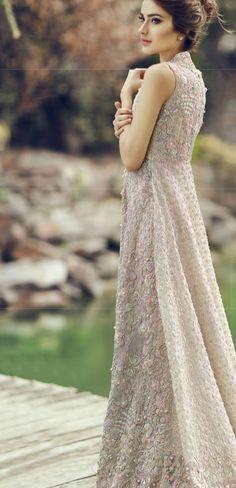 Sara naqvi dress - Pakistan.