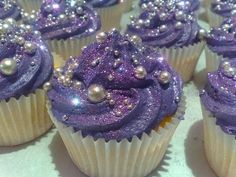 Cupcakes! Too magical too eat...
