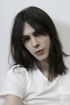 Silver from Enigma - Michael Tintiuc My darling Silver is far and away my favourite ever character and boy is he beautiful huh? Beautiful Men Faces, Beautiful Boys, Pretty Boys, Beautiful People, Androgynous People, Androgynous Fashion, Cute Emo Boys, Male Face, Pretty Face