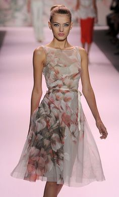Fleur Fashion...Very Spring / Summer :: Monique Lhullier Spring 2011 #fashion #floral #dress