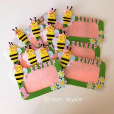 Keçe arı çerçeve - felt bee craft Birthday, Frame, Crafts, Ideas, Feltro, Picture Frame, Birthdays, Manualidades, Handmade Crafts