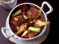 Hähnchen auf mexikanische Art mit Schoko-Chili-Soße | Zeit: 45 Min. | http://eatsmarter.de/rezepte/haehnchen-auf-mexikanische-art-mit-schoko-chili-sosse