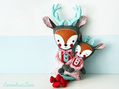 Mother/daughter stuffed animals...so pretty. I should get one for E once baby is here, so she knows she is still loved!