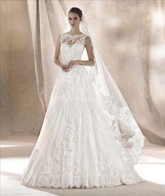 Beautiful White One by Pronovias di Gabriella Sposa Foto Wedding Things BarcelonaBridal