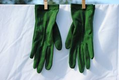 Mid Century 1950's Vintage Green Gloves by PetitFleurVintage, $18.00