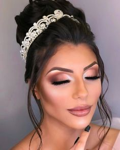 Cute Makeup, Glam Makeup, Makeup Inspo, Makeup Inspiration, Makeup Shop, Perfect Makeup, Wedding Eye Makeup, Natural Wedding Makeup, Makeup Studio Decor