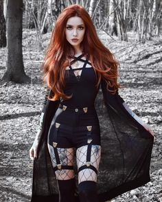 One more gothic outfit🖤 To Gothic Outfits, Edgy Outfits, Cute Outfits, Fashion Outfits, Goth Girl Outfits, Gothic Dress, Hot Goth Girls, Punk Girls, Cute Goth Girl