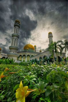 Jame Asr Hassanil Bolkiah Mosque, Brunei | Incredible Pictures