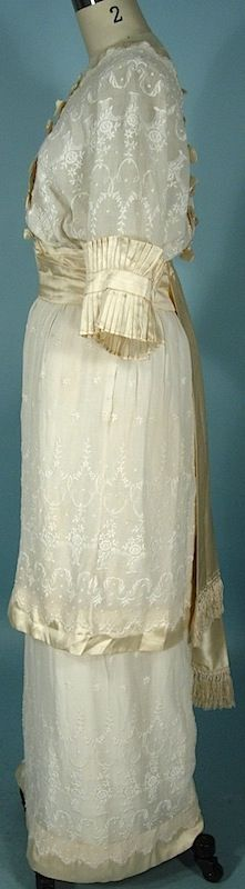 Antique Dress -1914 Linen Crepe Embroidered Gown Trimmed in Ecru Satin of Oriental Design!