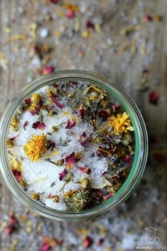 """This easy homemade bath salt recipe is made with magnesium, the """"Magic Mineral"""" that helps with stress, detoxification & maintaining healthy energy levels."""