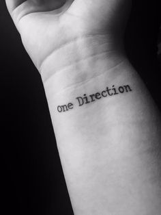 One Direction inspired tattoo One Direction Tattoos, One Direction Photos, I Love One Direction, Mini Tattoos, Small Tattoos, Harry Tattoos, Cool Tats, Piercing Tattoo, Ear Piercings