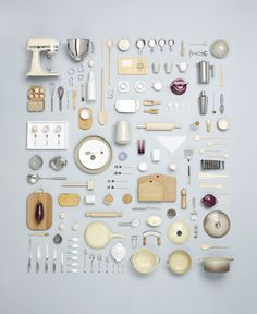 miniature kitchen I have become a BIG fan of Canadian Photographer, Todd McLellan, since I discovered him, particularly his deconstruction pieces such as the rocking horse shown belo Miniature Kitchen, Miniature Crafts, Miniature Food, Things Organized Neatly, Miniature Furniture, Modern Dollhouse Furniture, Barbie Furniture, Miniture Things, Food Design