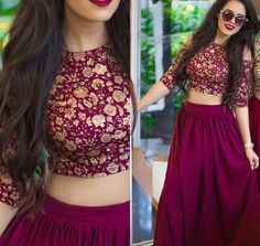 Skirt outfits indian crop tops fashion styles ideas for 2019 - Rock Crop Top Styles, Pakistani Dresses, Indian Dresses, Indian Outfits, Lehenga Designs, Indian Attire, Indian Wear, Indian Crop Tops, Robes Vintage