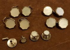 Antique Vintage Stirling silver & mother of pearl cufflinks dress studs set Stirling, Antique Jewellery, Metals, Vintage Antiques, Silver Plate, Round Sunglasses, Studs, Pearl Earrings