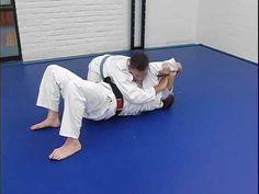 Keith Owen shows Americana Counter from Side Control Workout Tips, Workout Videos, Workouts, Jiu Jitsu Techniques, Mma Fighting, Ju Jitsu, Brazilian Jiu Jitsu, Aikido, Mixed Martial Arts