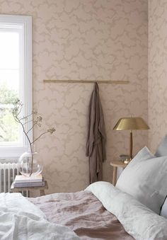 Himmel Blush Abstract Dots Wallpaper from the Wonderland Collection by Brewster Home Fashions Bedroom Color Schemes, Bedroom Colors, Bedroom Decor, Bedroom Ideas, Bedroom Furniture, Grey Furniture, Furniture Design, Wallpaper Design For Bedroom, Designer Wallpaper