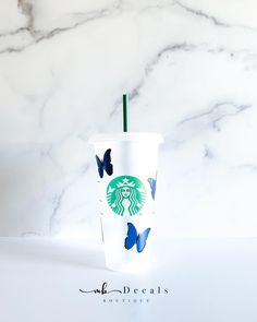 MB Decals Boutique: Butterfly Reusable Starbucks Cold Cup - 24oz  #etsy #mbdecalsboutique Starbucks Cup Art, Starbucks Venti, Custom Starbucks Cup, Personalized Starbucks Cup, Personalized Cups, Cute Water Bottles, Custom Cups, Painted Cups, Cup Design