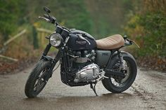 A custom Triumph Bonneville T100 built by the English workshop Spirit Of The 70s.