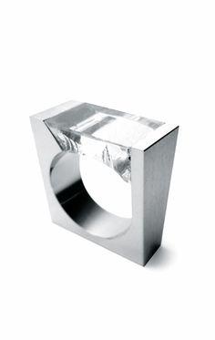 Iker Ortíz  | Quartzo ring