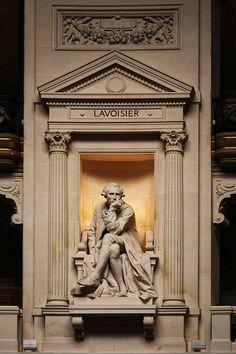 Statue of Lavoisier, Grand Amphitheatre, Sorbonne Univeristy