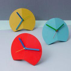 Block Mountain Fold Desk Clock - Various Colours Origami Table, Origami Folding, Clock Vintage, Contemporary Clocks, Design Tisch, Cool Clocks, Diy Clock, Clock Wall, Unique House Design