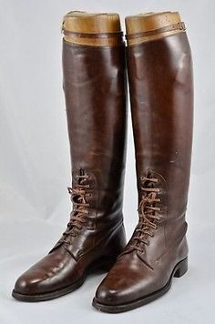 Officer's WW1 or later Tan Leather Field/Riding Boots with Wooden Trees. Ref BFA