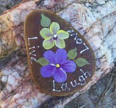 Hand painted Idaho Rock-Paper Weight-LOVE-LIVE-LAUGH-acrylic-Violets