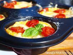 Minipai med løk, blåmuggost og tomat