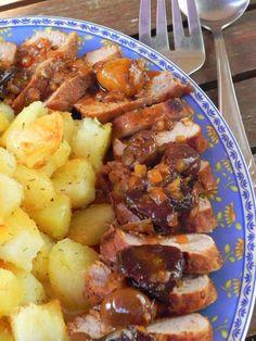 Solomillo de cerdo al Pedro Ximénez con ciruelas y castañas