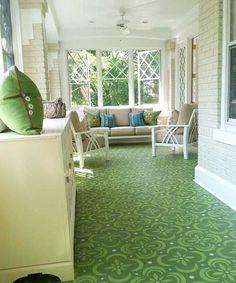 Billet Collins stenciled floor