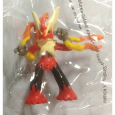 Pokemon Center 2014 Chupa Surprise XY Series Pokeball Mega Blaziken Figure & Candy