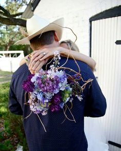 Florals DeLuna | Bethany Lauren Photography | Pensacola Lighthouse