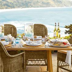 CHIC COASTAL LIVING: Coastal Mediterranean Table Setting
